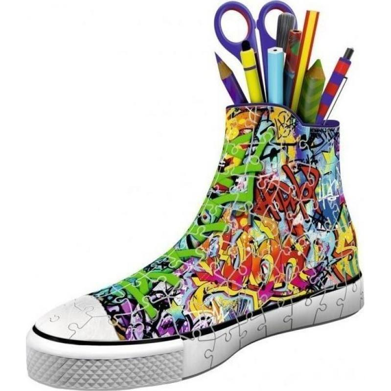 Ravensburger -  3D Puzzle 108 pcs Sneaker Graffiti Pen Holder with Candle - 12535